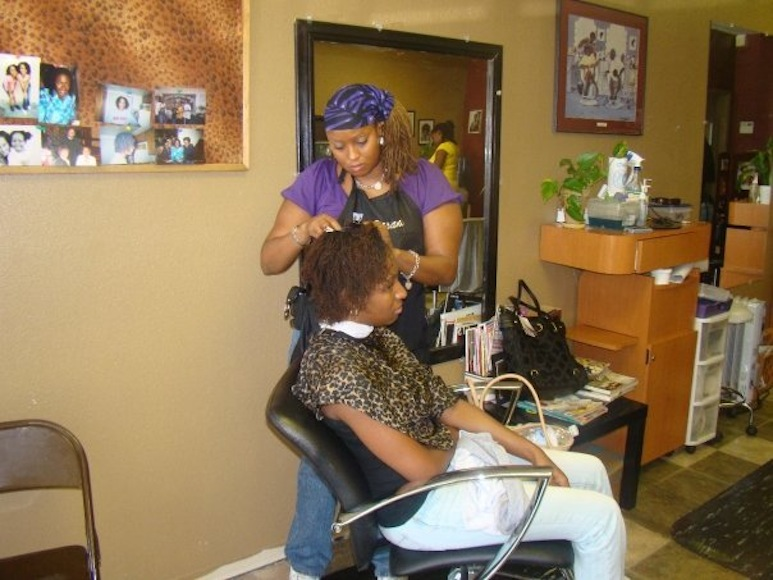 Hair Salon For Natural Hair : Know a fantastic natural hair salon in your area? Tell us about them ...