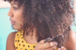 Dry Detangling Curly Hair: Is It For You?