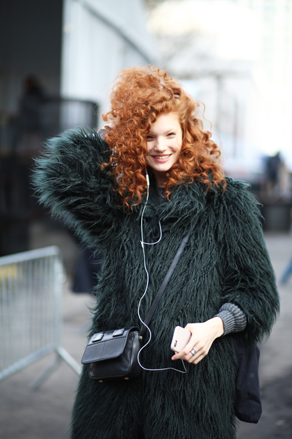curls-understood-new-york-fashion-week-fall-2015-street-style-natural-hair-90