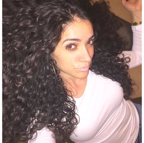 Admirable Beauty Of The Week Persia Saviss Curls Understood Hairstyle Inspiration Daily Dogsangcom