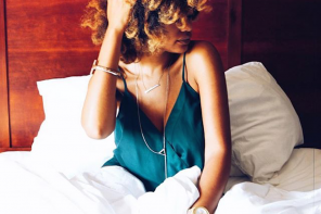 The Morning After: How To Refresh Your Curls After A Long Night
