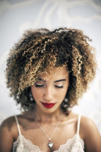 Tips for Coloring Your Natural Hair At Home