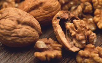 walnut oil benefits for hair