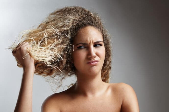 Do Your Ends Feel Like Straw? 10 Tips to Soften Your Curls STAT ...